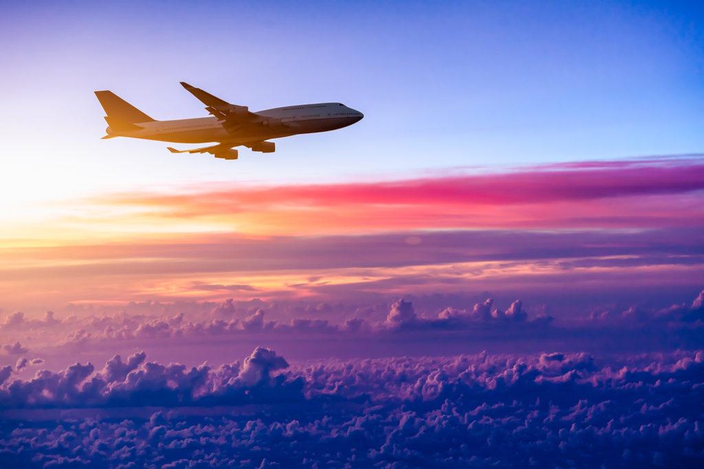 Сколько стоит снять чартерный самолет